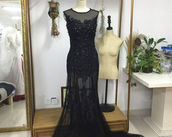 Black lace wedding dress the long tail