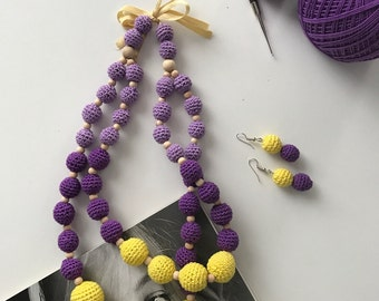 Handmade crochet nursing necklace / Teething necklace