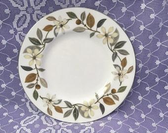 "Vintage Wedgewood Beaconsfield side/dessert/pie plate- 7"" silver gilt edging"
