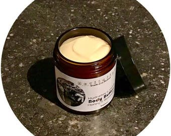 Honey & Beeswax Body Butter / Moisturizer / Handcrafted in Detroit / All Natural Ingredients / Cocoa Butter / Lotion