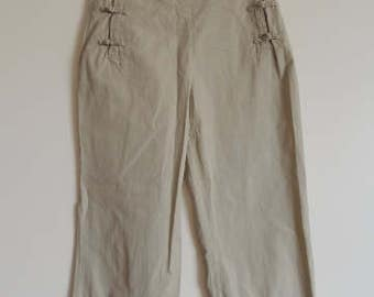 FREE SHIPPING -  Vintage Miu Miu Beige Cotton capri Pants with pockets, size 38, Made in Italy