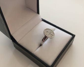 Cross ring and cubic zirconia Sterling Silver 925