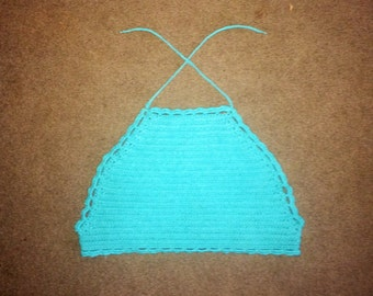Crochet Scalloped Crop Top in Turquoise