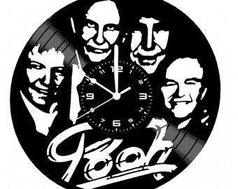 Vinyl disc clock POOH handmade