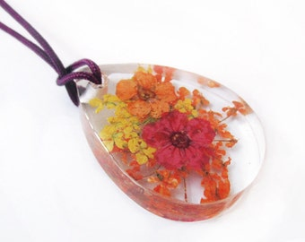 Melissa pendant drop flowery resin jewel necklace nature in colorful dried flowers