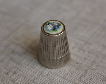 "Thimble with ebroidery ""Forget-me-nots"""