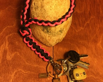 Paracord Wristlet Keychain