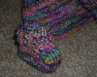 Babies Booties with matching Hat - Up to 6 Months