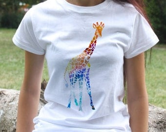 Giraffe t-shirt - animal tee - Fashion women's apparel - Colorful printed tee - Gift Idea