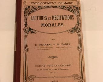 """Old book of 1934 """"reading and RECITATIONS MORALES"""" for preparatory course"""
