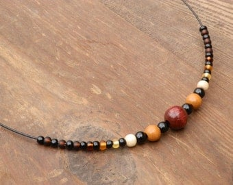 Necklace brown gradient
