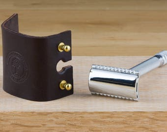 Leather Safety Razor Head Case // Travel Case // Full Grain Leather // Made in USA // Fits Merkur & Others