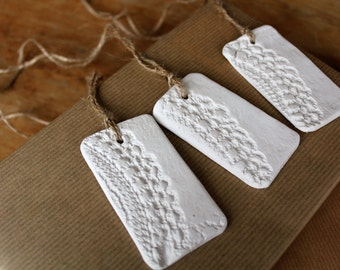 Clay | set of 3 tags with lace print