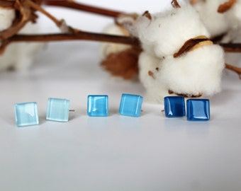 Earrings |  Blue Stud Earrings with glass stones-studs earrings/ear studs