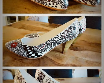 Beautiful handpainted and unique Pumps, size 38