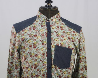 Shirt with print of flowers combined with cowboy