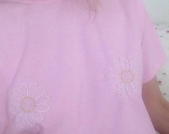 """""""Daisies Nipples"""" embroidered t-shirt"""