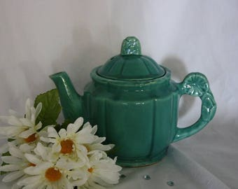 Vintage Green Tea Pot Shawnee Rosette USA Pottery 1940's