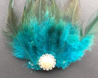 Hand made feather hair clip with diamanté detailing
