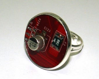 Circuit Board Women Ring – Upcycled Ring, Geek Ring, Birthday Gift, Red.