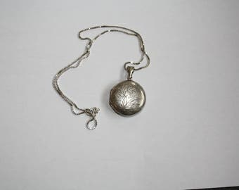 Silver vintage round locket necklace with silver chain