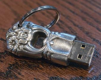 Steampunk Victorian USB 8GB Thumb Drive/Key Chain