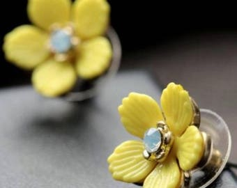 2017083#SPRING COLLECTION_Little Yellow Flower Earrings