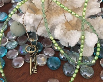 Pearls and Keys of Green