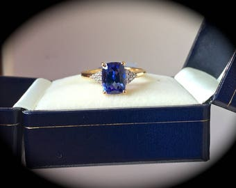"""Bespoke! 2.14ct Tanzanite & SI Graded Diamond Ring 14ct Yellow Gold """"Certified"""" Exquisite Colour!"""