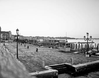 "Digital Art, printable file 300 dpi 24x36 and 8x12 black and white photography Venice Italy ""VENICE MAGIC"""