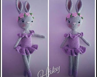 Cute crocheted amigurumi bunny süß gehäkelt hase