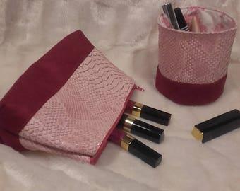Make-up bag and his pencil pot