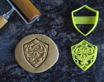 3d Printed Hylian Shield Cookie Cutter / Fast Shipping / Zelda Cookie cutter