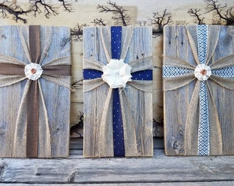 Reclaimed wood with burlap cross