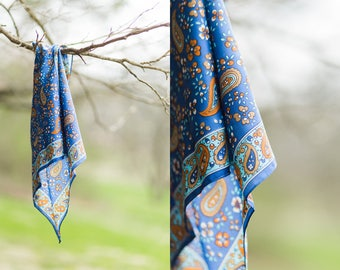 Mindy scarf | blue vintage paisley scarf | blue and brown scarf