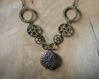 Steampunk Locket Necklace, Steampunk Jewellery, Steampunk Necklace.