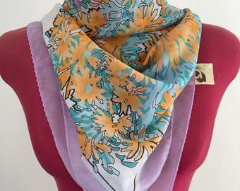 Vintage scarf- retro pink & orange floral pattern