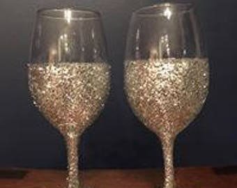 Custom Glitter Wine Glasses