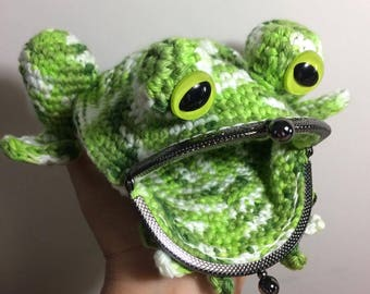 Crochet Frog Coin Purse