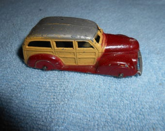 Tootsie Toy  Woody Wagon  239  White Rubber Tires  Diecast Metal