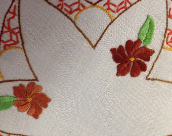Vintage hand embroidered 21 cm scalloped round doily, autumn shades