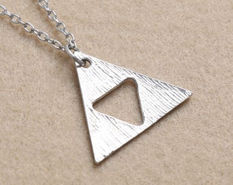 the LEGEND OF ZELDA triforce pendant necklace halskette game cosplay nintendo link