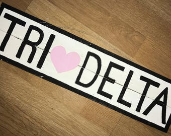 Brandy Melville Tri Delta Sign