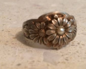 Antique Sterling Silver Floral Ring - Absolutely Beautiful