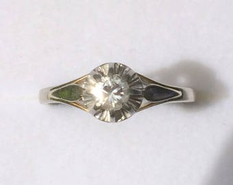 Antique engagement ring white gold 18 k with a solitaire ring-Antique engagement ring with a solitaire and 18 k white gold