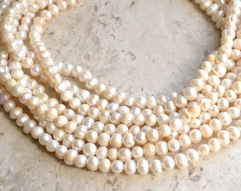 The Michelle- Ivory Freshwater Pearl Chunky Necklace