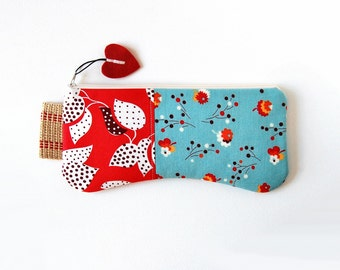 Clutch Purse, Zipper Pouch, Purse Organizer, Accessory Pouch, Women and Teens, Denyse Schmidt Flea Market Fancy