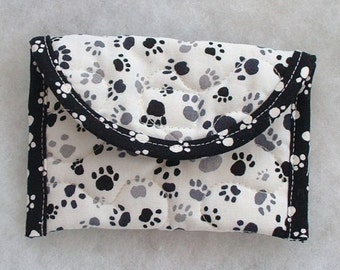 Quilted Card Holder - Pawprints in black and grey