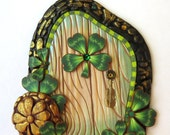 Leprechaun Gold Shamrock Fairy Door St Patrick's Day Pixie Portal Polymer Clay Miniature Leprechaun Door for Fairy Gardens and Home