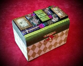 Alice in Wonderland Mini Box - Mixed Media Mosaic